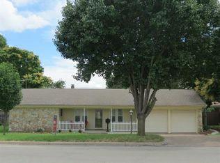8029 Chapin Rd , Benbrook TX