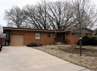 9716 W Hickory Ln , Wichita KS