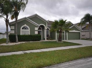 10232 Meadow Crossing Dr , Tampa FL
