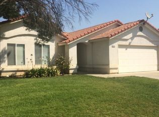 932 Cedarwood St , Hanford CA