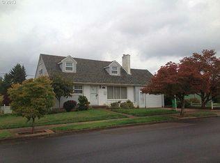 10207 SE Stephens St , Portland OR