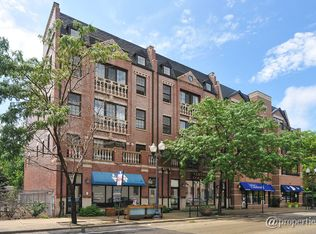 3720 N Lincoln Ave Apt 2, Chicago IL