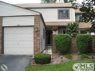 1090 Willow Grove Ct # 91, Rochester Hills MI