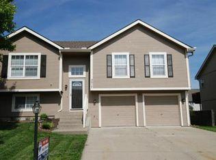 3017 Spring Garden St , Leavenworth KS