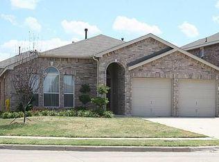 809 Jockey Club Ln , Fort Worth TX