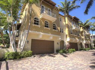 3235 NE 13th St , Pompano Beach FL