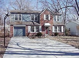 7631 Oak St , Kansas City MO