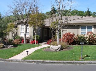 100 Oak Shade Ln , Novato CA