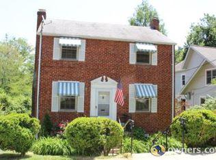 1511 N Mckinley Rd , Arlington VA