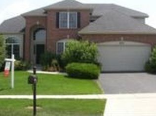 577 Carriage Way , South Elgin IL