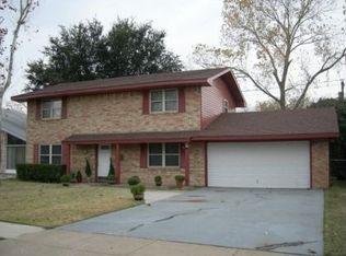 2607 Fairbrook St , Irving TX