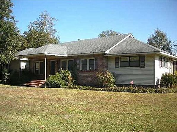 5200 Griffin St, Moss Point, MS