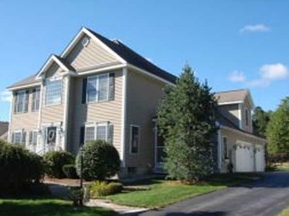 45 Constance St, Bedford, NH