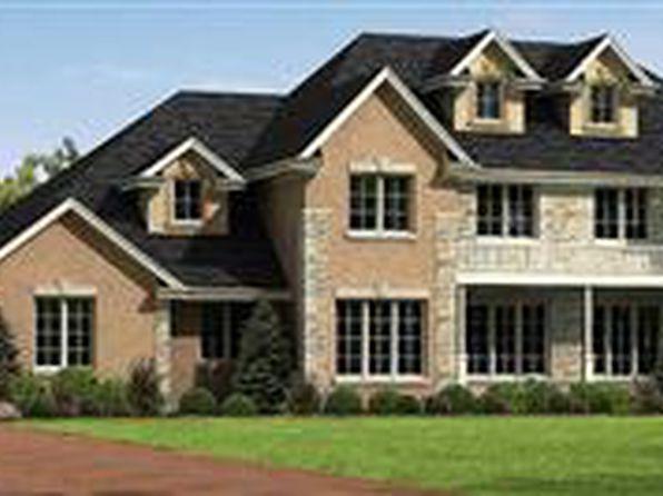 721 Acorn Hill Ln, Oak Brook, IL