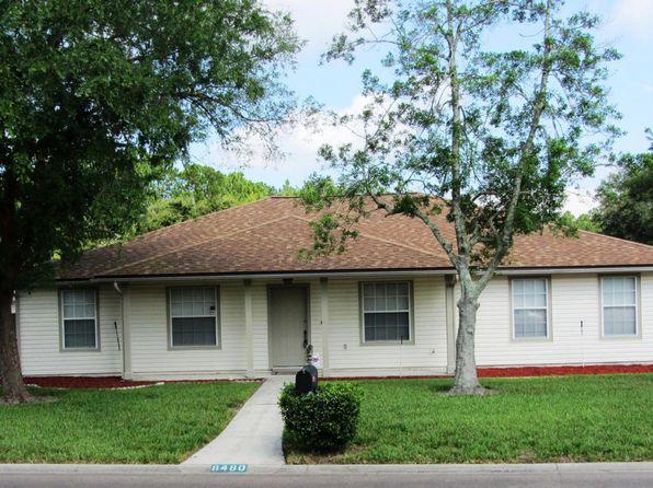 8480 Branchwater Dr, Jacksonville, FL