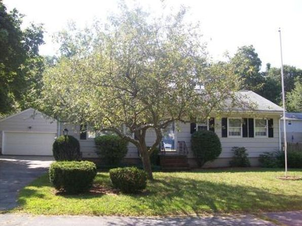 43 Oakcrest Cir, Methuen, MA
