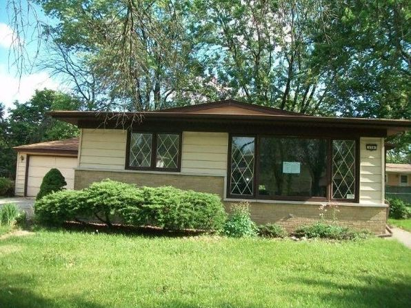 158 Terrace Dr, Chicago Heights, IL