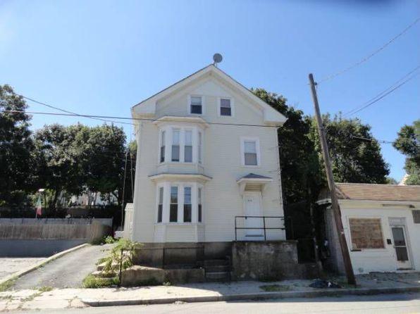 810 Douglas Ave, Providence, RI
