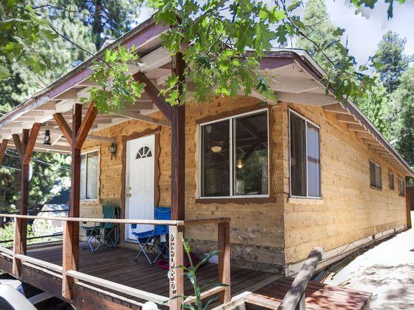 23082 Pine Ln, Crestline, CA