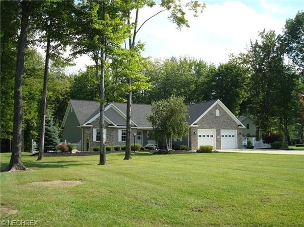 7336 Kingsboro Dr, Conneaut, OH