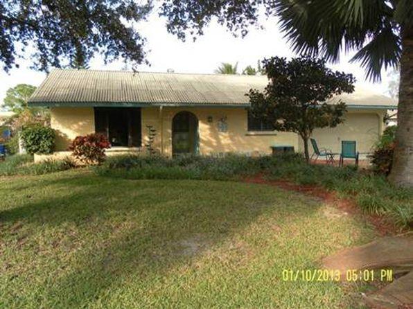 8233 Harrisburg Dr, Fort Myers, FL