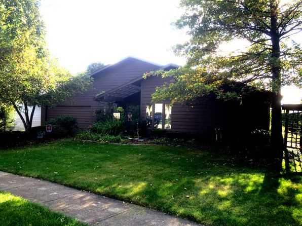 5348 Niven Ln, Hanover Park, IL