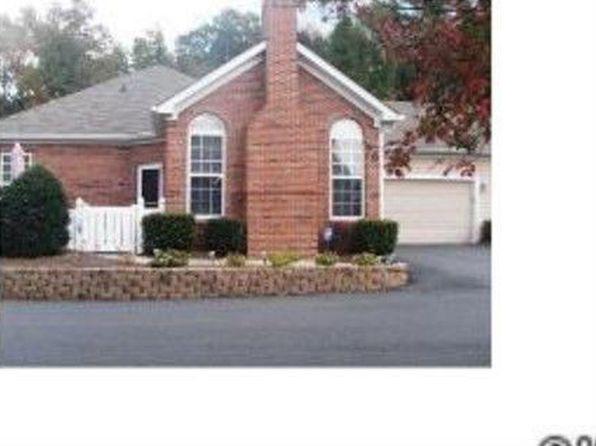 6826 Ledgestone Pl, Charlotte, NC
