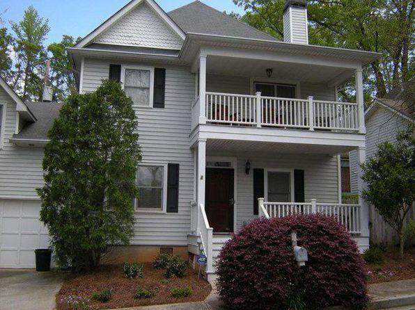 104 Glenlake Commons Dr, Decatur, GA