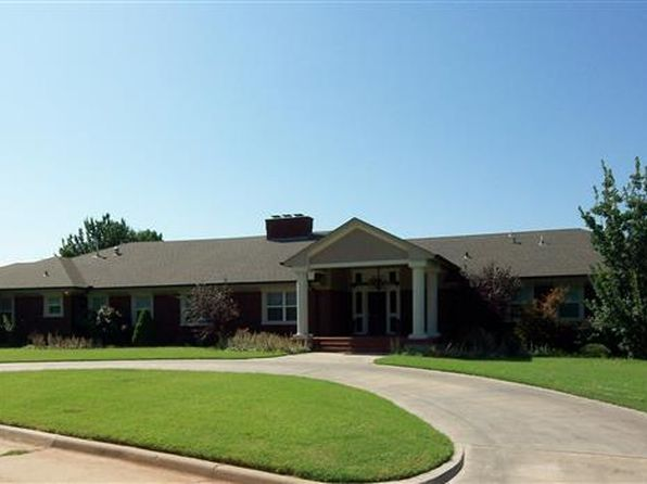 1302 Highland Way, Duncan, OK