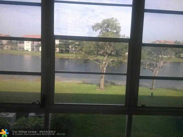 950 SW 138th Ave APT 206-B, Pembroke Pines, FL