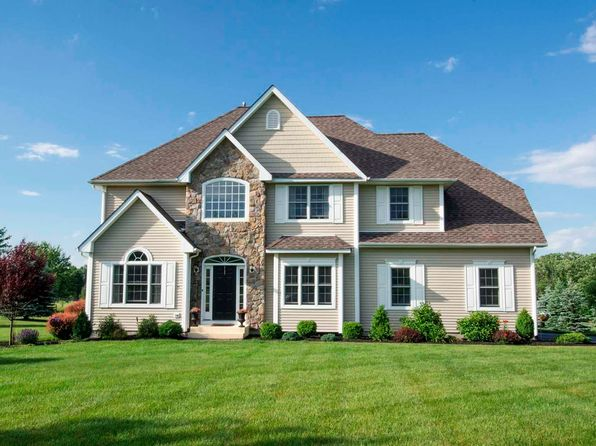Monarch homes maple model