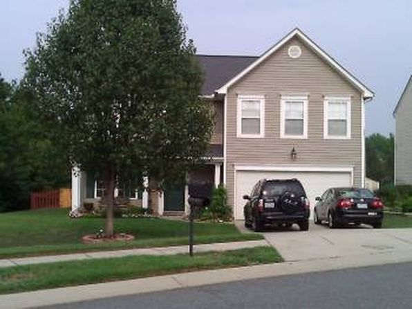 3134 Crisp Wood Ln, Charlotte, NC