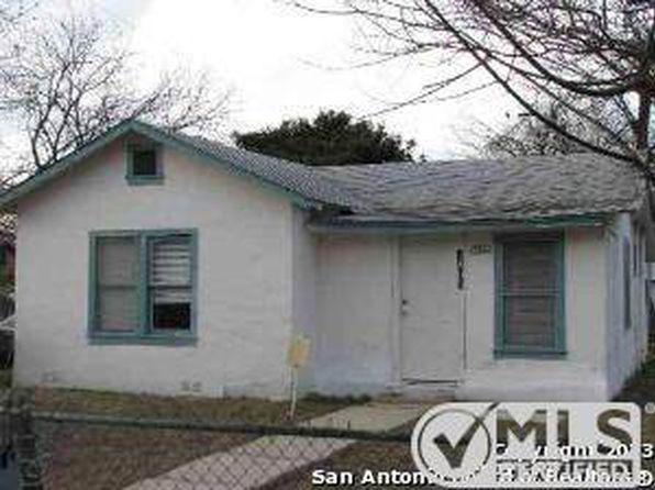 Gated complex san antonio real estate san antonio tx for Zillow apartments san antonio