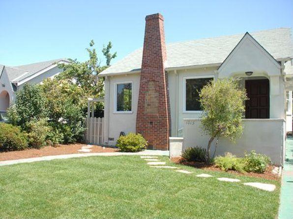 1015 Walnut St, San Carlos, CA
