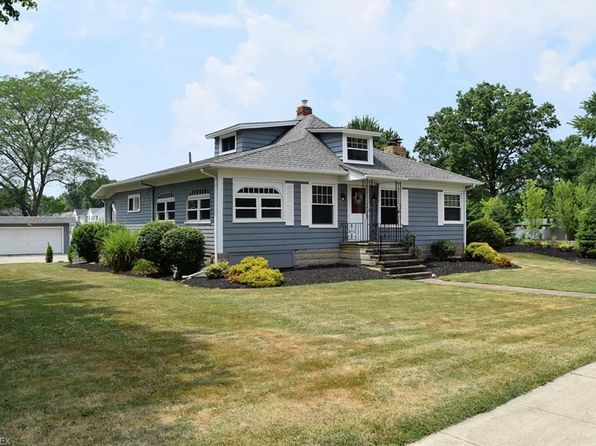 Waterfront Homes For Sale In Avon Lake Ohio