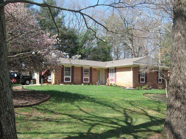 71 Botany Dr, Asheville, NC