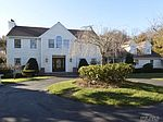 8 Miller Farms Dr, Miller Place, NY