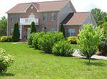 70 Hayfield Dr, Boones Mill, VA
