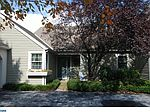 2038 Meadow Gln, Wyomissing, PA