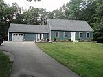 38 Lancaster Rd, Hampstead, NH