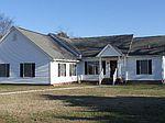 9409 Seaside Rd, Birdsnest, VA