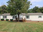 104 Ironwood Ct, Vinton, VA