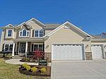 8025 Forest Valley Ln, Painesville, OH