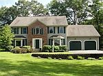 2 Analore Cir, Norfolk, MA