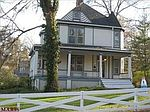 104 W Swon Ave, Webster Groves, MO