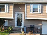 6603 Royal Pkwy S, Lockport, NY