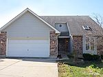 187 Hilltop Dr, Lake In The Hills, IL