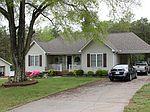 574 Cornelius Rd , Rockwell, NC 28138
