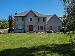 658 N Sandbranch Rd, Mount Hope, WV