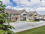 842 Cobblestone Cir, Painesville, OH